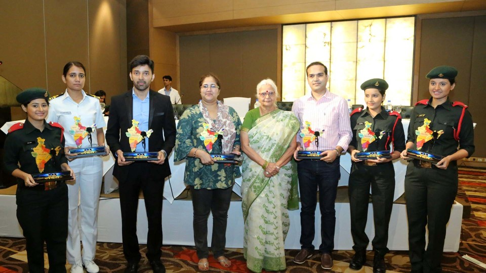 TELEVISION SERIAL 'EK LAKSHAY' HELD THEIR PRESS CONFERENCE AT LE MERIDIEN | BCR NEWS | BOLLYWOOD NEWS