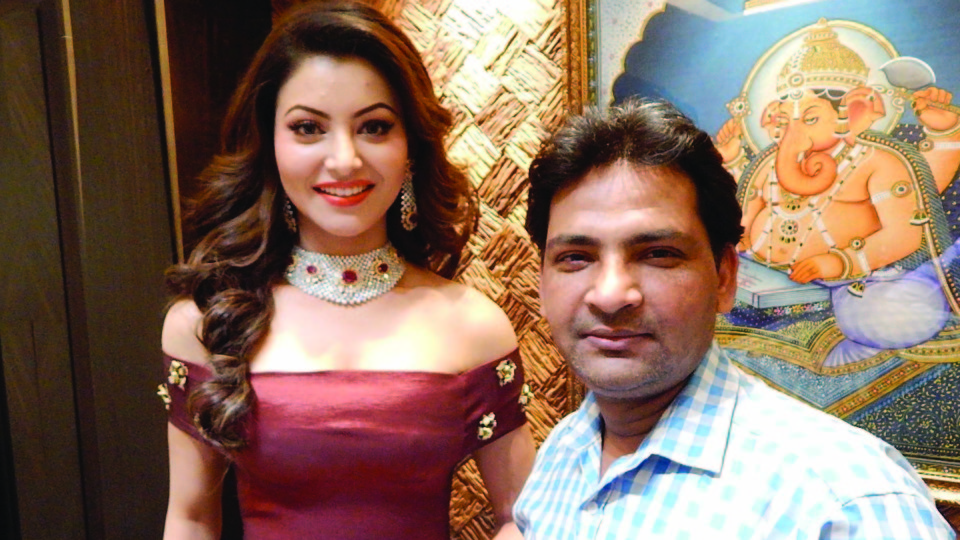 Ajay Shastri (Editor & Director) BCR NEWS (Online News Channel) & BOLLYWOOD CINE REPORTER (National Hindi Film Trade Newspaper) with  Actress Urvashi Rautela