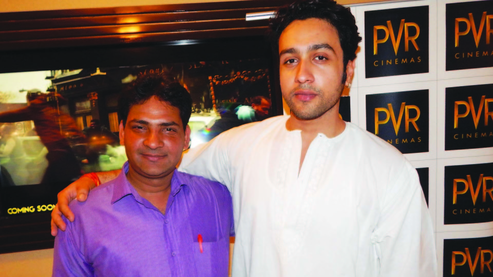 Ajay Shastri (Editor & Director) BCR NEWS (Online News Channel) & BOLLYWOOD CINE REPORTER (National Hindi Film Trade Newspaper) with Actor Addhyan Suman