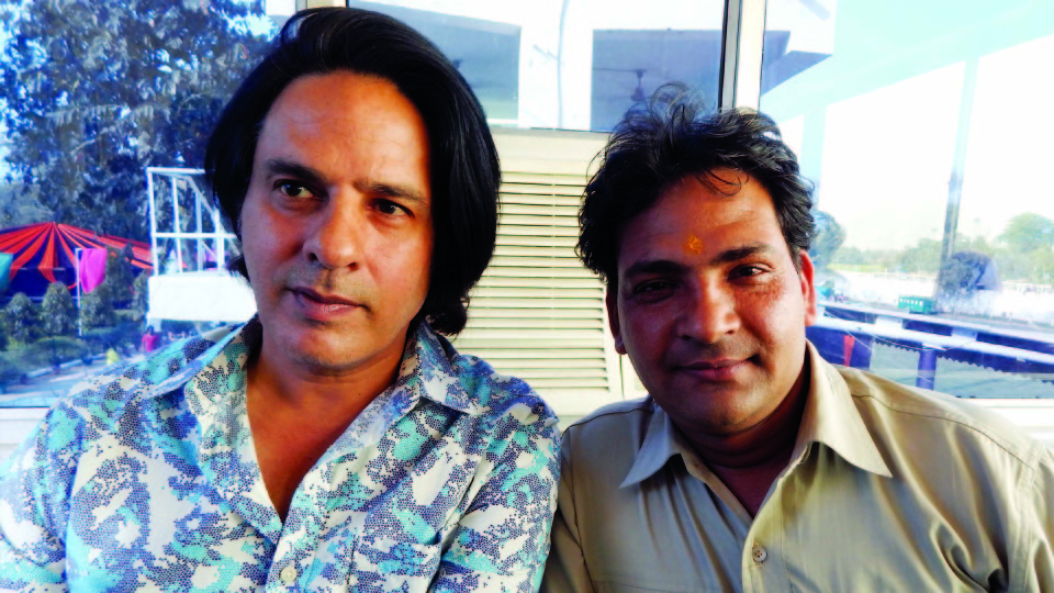 Ajay Shastri (Editor & Director) BCR NEWS (Online News Channel) & BOLLYWOOD CINE REPORTER (National Hindi Film Trade Newspaper) with Actor Rahul Roy