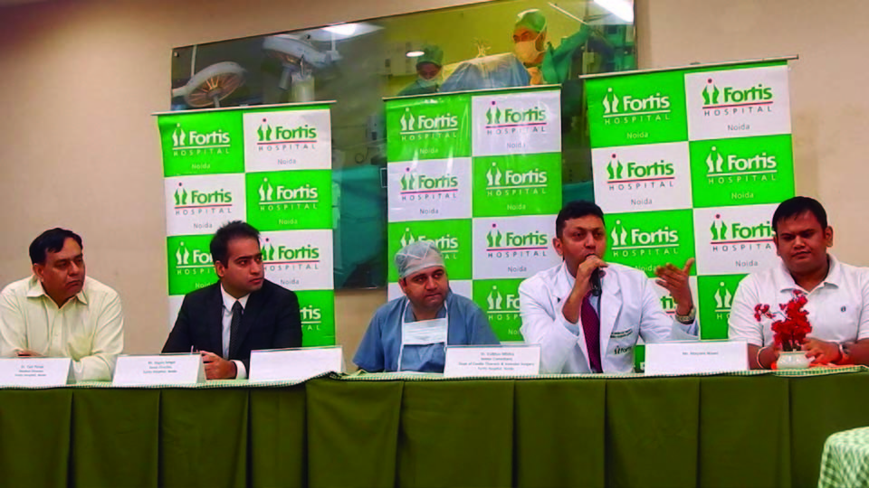 Doctors at Fortis Hospital, Noida Remove Giant Tumour from the Chest of  a 31 year old, in a Lifesaving Operation