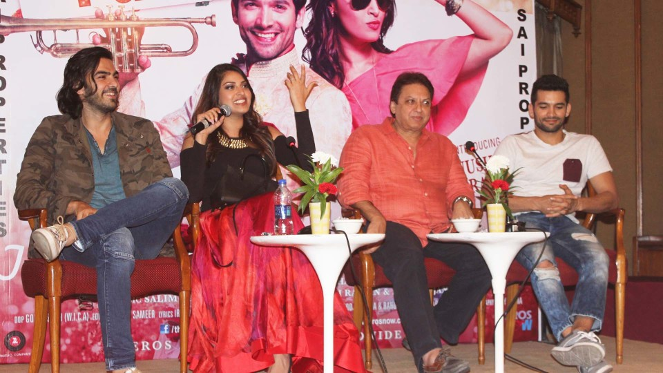 """THE STARCAST OF """"WEDDING PULLAV"""" PROMOTED THEIR FILM IN DELHI"""