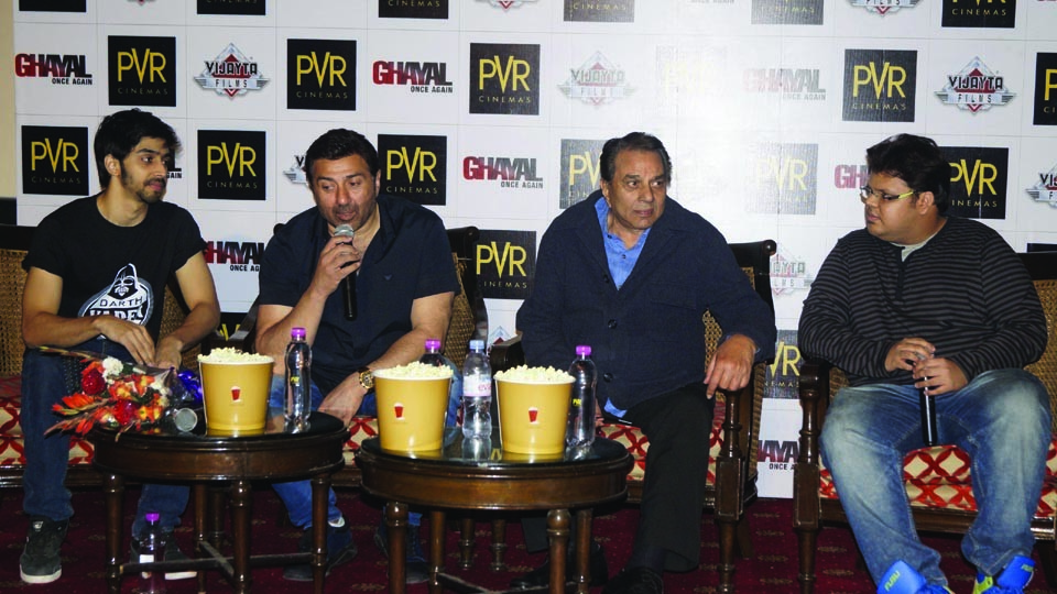 DHARMENDRA AND SUNNY DEOL IN DELHI FOR GHAYAL ONCE AGAIN's PROMOTIONS